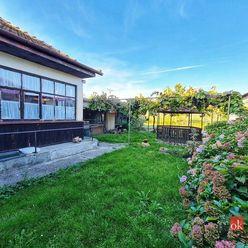 Rodinný dom s krásnou záhradou v malebnej obci Častá
