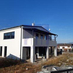 *Ponúkame na predaj 5 - izbový rodinný dom v novostavbe - Suchý Vrch*.