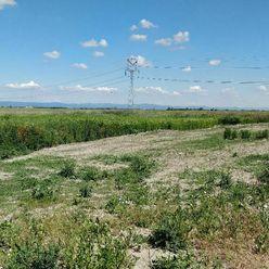 Predaj pozemku na výstavbu RD, 8817 m2, Štvrtok na Ostrove.