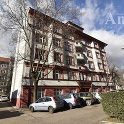 4,5-izb. byt - Ľubľanská ul.
