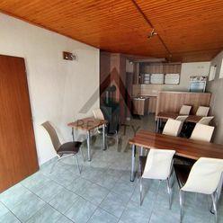 Obchodné priestory / 60 m2 /, Bytča