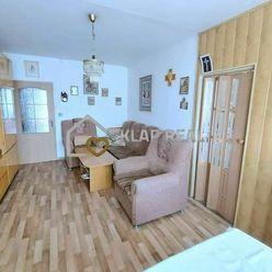 POLÁRNA ul., 3. izb. byt - PRAŽSKÝ TYP - sídl. Nad Jazerom