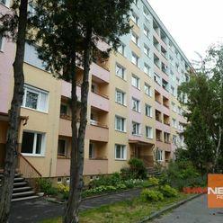 Exkluzívne na predaj 1 izbový byt v centre mesta Lučenec, komplet.rekonštrukcia