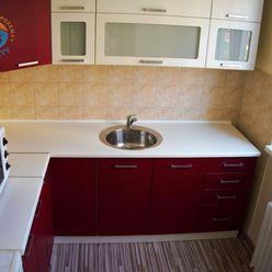Na prenájom byt 1+1, zrekonštruovaný, 28 m2, Trenčianske Teplice - Štvrť SNP