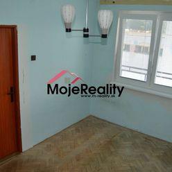Uhrovec-  2 izb. byt na predaj