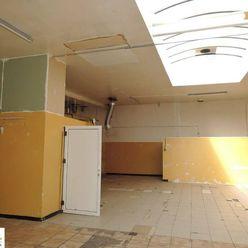 Prenájom skladových priestorov v Petržalke 220 m2