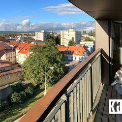 NOVOSTAVBA - 1 IZBOVÝ BYT Pezinok 32 m2 + komora 2,5 m2