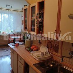 EXKLUZIVNE !..3 izbový byt Nitra - Chrenová, Tríbečská ulica