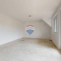 5-izbový mezonetový byt na Strmom vŕšku v Záhorskej Bystrici