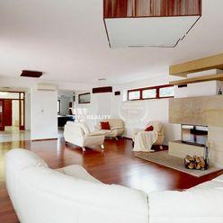 Veľký rodinný dom v Ružinove na prenájom (504 m2)