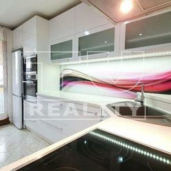 Moderný, slnečný 3 izbový byt v Sásovej o rozlohe 70,7 m2 na predaj