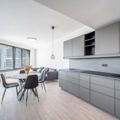 PRENÁJOM - Neobývaný 3-izbový byt na 14.poschodí, SKY PARK