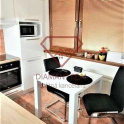 2 izbový byt s garážou v štvorbytovke,  v tichej lokalite v Galante.