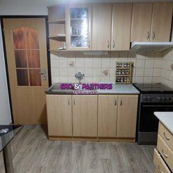 REZERVOVANÉ! Na predaj 3+1 izb. byt v Považskej Bystrici na sídlisku Rozkvet