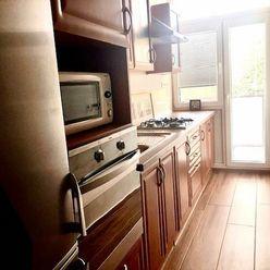 SOTERIA/ Ponúkame na prenájom 3 izbový byt.