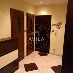 NA PREDAJ: 4-izbový byt  vo vyhľadávanej lokalite v Senici