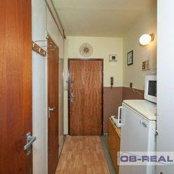 REZERVOVANE_Predaj bytu/garzónky 24m2 OV 7/12posch. pôvodný stav, ihneď voľný