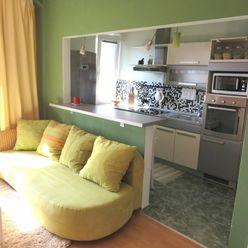 BOND REALITY- SLNEČNÝ 2 izb. byt s balkónom, Martinčekova ul, Ružinov