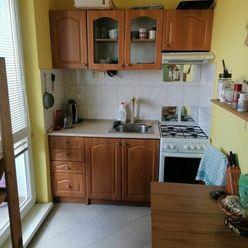 Prenájom 2 izb. bytu na Svätoplukovej ulici v Pezinku