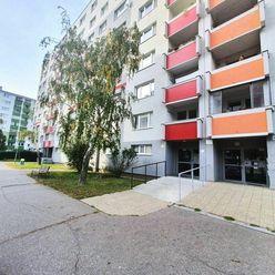 3 izb. byt s loggiou v Bratislave - Vrakuni, Kríková ulica
