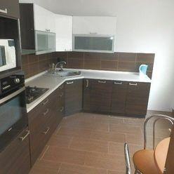 PRENAJATÉ - 2-izb. ZARIADENÝ byt, 400 €