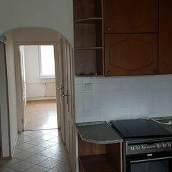 4 Izbový byt 82 m2 Púchov