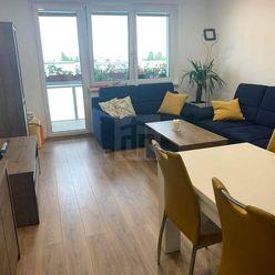 Directreal ponúka Krásny novo zrekonštruovaný 3-izbový byt  v Ružinove z výhľadom na Bratislavský hr
