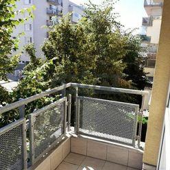 GRAFT ponúka 2-izb. byt Galvaniho ul.
