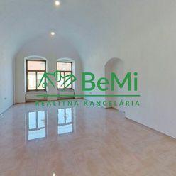 BeMi reality Vám ponúka na prenájom komerčné priestory na Hlavnej ulici v Prešove.