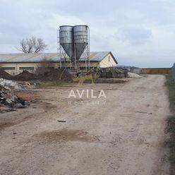 Na predaj pozemok v priemysel.areáli Hrnčiarovce nad Parnou