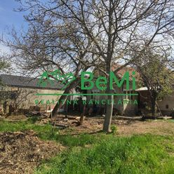 Predáme veľký pozemok so starším domom -  Kamanová (007-12-MIPAa)