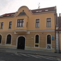 Exkluzívny predaj polyfunkčnej budovy v Pezinku.