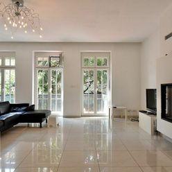 Prenájom, krásny 3,5 izbový (170m2) byt s balkónom (10m2) v blízkosti Palisád