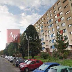NOVÁ PONUKA: 4izbový byt , 90m2, BANSKÁ BYSTRICA, Radvanská ul.