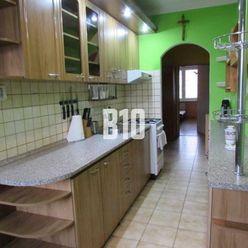 Priestranný 4 izbový byt - Bytča
