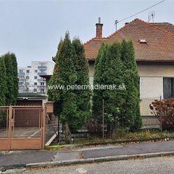 REZERVOVANÉ!!! Na predaj rodinný dom v meste Nitra v lokalite Čermáň.