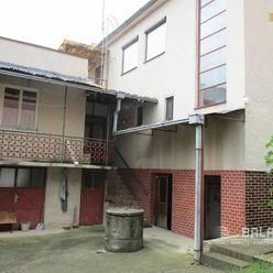 ČEĽADICE 6 izb. dvojgeneračný dom, pozemok 1250m2, okr. Nitra