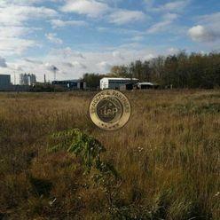 Pozemok v Pezinku, priemyselná zóna, 4953 m2