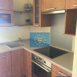 Predaj 2 izb. bytu v KE - KVP, Klimkovičová, 47 m2 + terasa, OV.