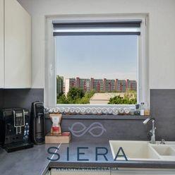 Predaj, väčší 3izbový byt s balkónom, J. Slottu