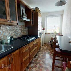 Svetlý 3 izbový byt s výbornou dostupnosťou do celej Petržalky