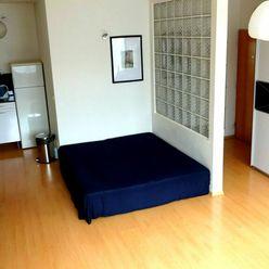 Prenájom 1 izbový byt s balkónom v novostavbe, Nám. sv. Františka, Bratislava Karlova Ves