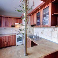 Menší 3 izbový byt, sídlisko Sekčov ul. Dubová 15 v Prešove