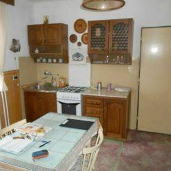 Predaj rodinného domu vo Svrčinovci - centrum