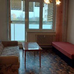 Na pronájem garsonka Ostrava Moravská a Přívoz Lechowiczova - s balkónem