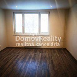 PREDAJ/ 3+1 izb. byt v Handlovej – Okružná ul., komplet zrekonštruovaný