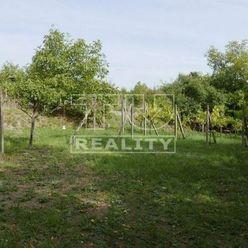 Rekreačný 24 árový pozemok s výhľadom na mesto Modra