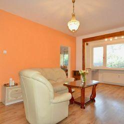 Na prenájom 3-izbový byt s terasou a záhradkou v Dúbravke