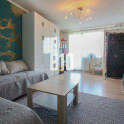 Originálny 2 izbový byt s 2 balkónmi a kumbálom na spodnej Klokočine. Krásny výhľad!