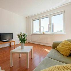 P R E N Á J O M - 3 izbový byt na Klincovej ulici, Bratislava - Ružinov